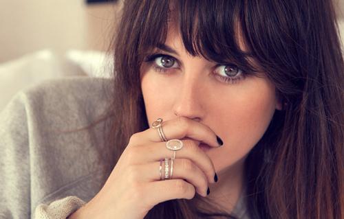 Blanca Suarez con anillos