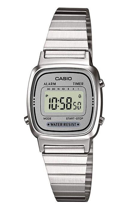 Reloj Casio retro la670wea 7ef plateado