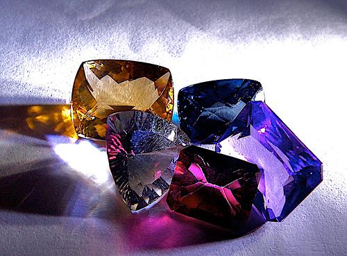 Uso-de-Piedras-Preciosas