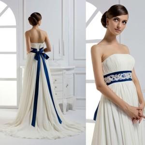 novia con detalles azules