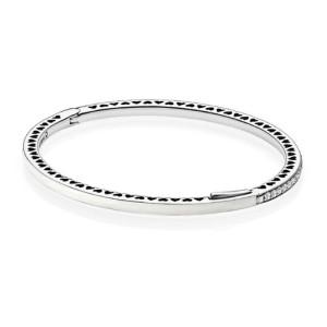 pulsera-pandora-plata-corazones-radiantes-perlados-590537en23-1